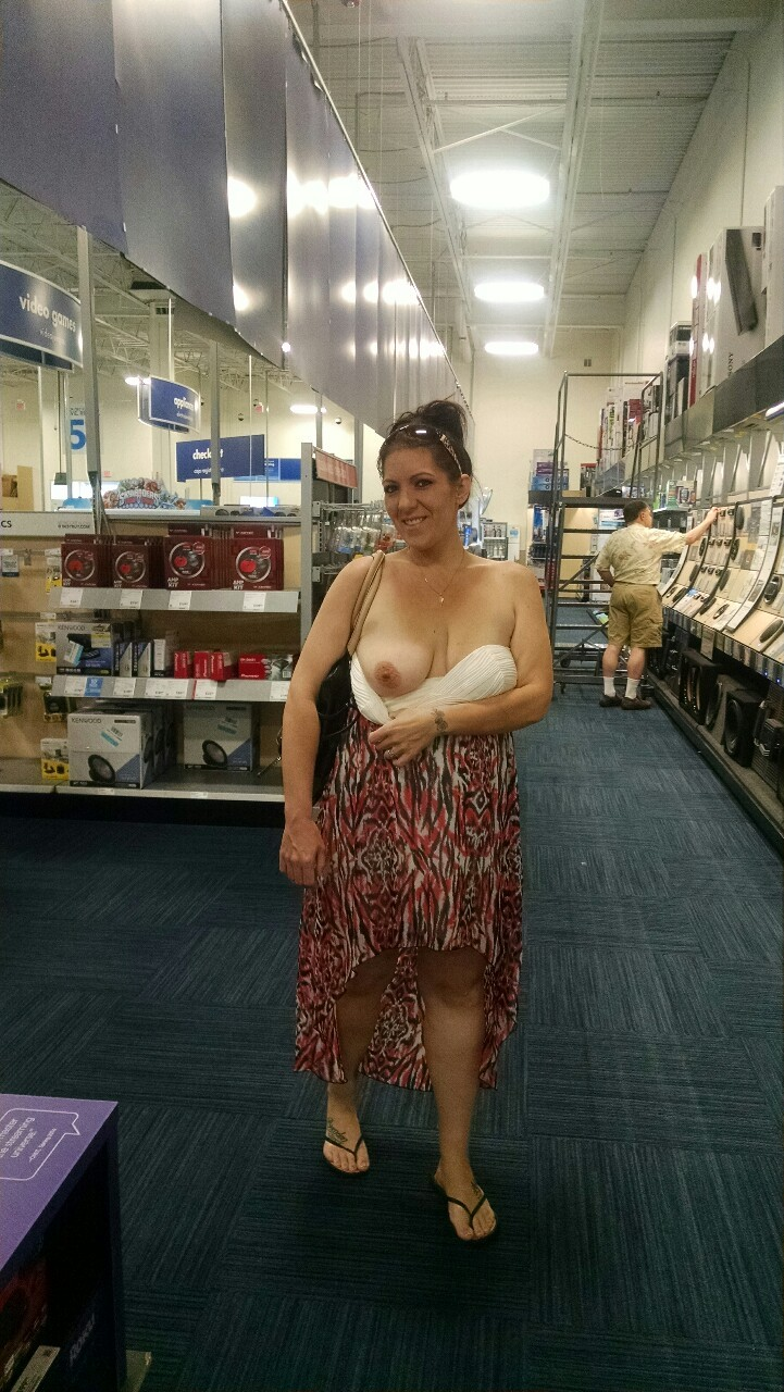 tumblr one boob