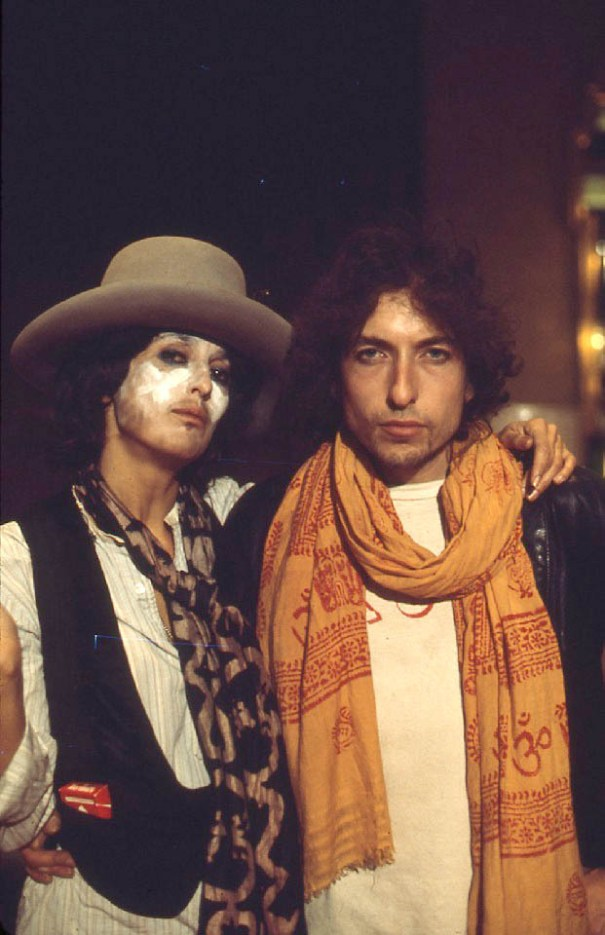 Bob Dylan and Joan Baez on The Rolling Thunder Revue 67fe74bfd39c