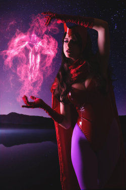 Scarlet Witch by JubyHeadshot  More Hot Cosplay: http://hotcosplaychicks.tumblr.com Get Exclusive Content: https://www.patreon.com/hotcosplaychicks