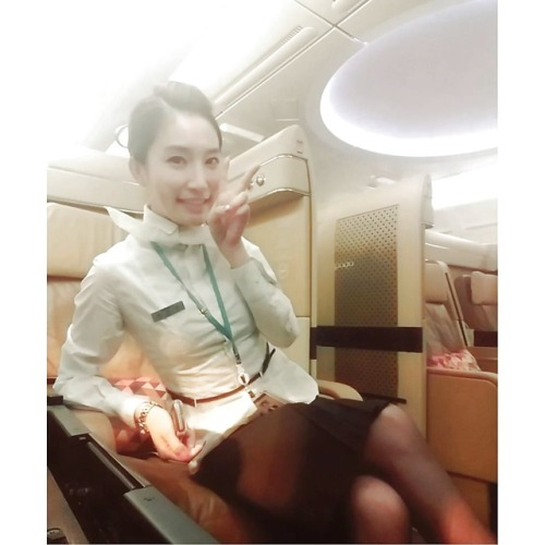 Korean air stewardess wet hairy pussy selfies leaked 1