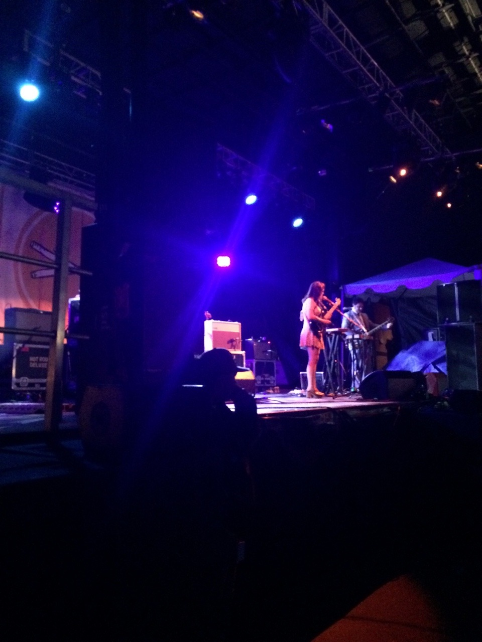 Angel Olsen the last performance at the main stage. So good! -lr