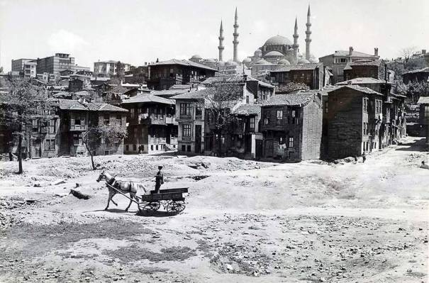 Istanbul 1950s Via Reddit History