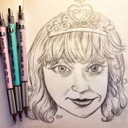 Sketching beautiful quirky friends @bombeblondeshell with my new favourite #alvindraftmatic pencils purchased from @mabgraves #artworks #artsy #art #doodle #journal #perthcreatives #perthartist #pencildrawing #illustration #sketch #portrait #sketching #artsy #princess #draftmaticpencil #mabgraves