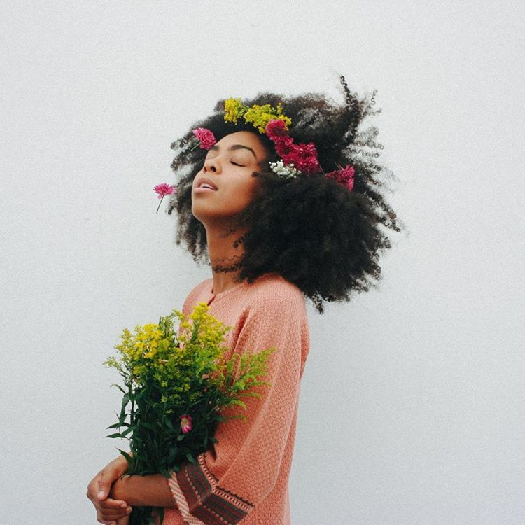 the rush… It's refreshing #flowers #naturalbeauty #blackwoman #serenity