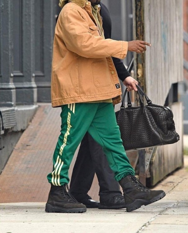 detailed look 12ca5 e1454 Kanye in Calabasas sweatpants Yeezy boots