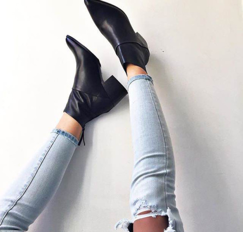 $23.13 Black ankle boots. Get them »here« !