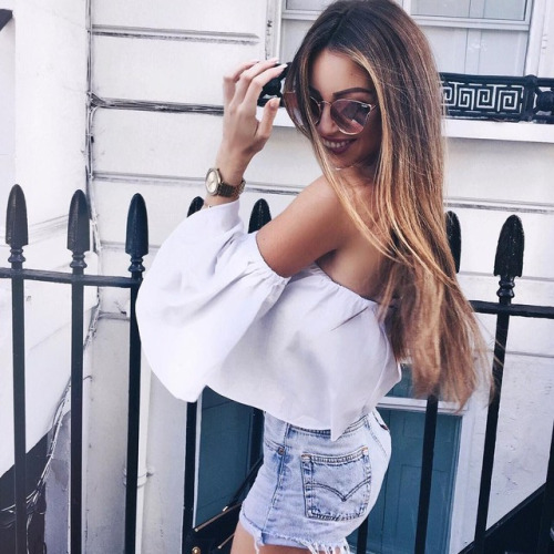 $14.99 Get this white off shoulder blouse »here« !