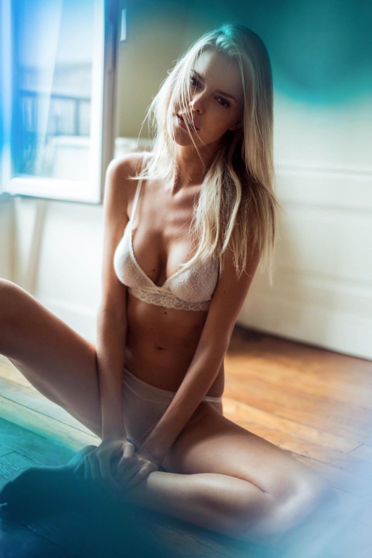 funny naked women tumblr