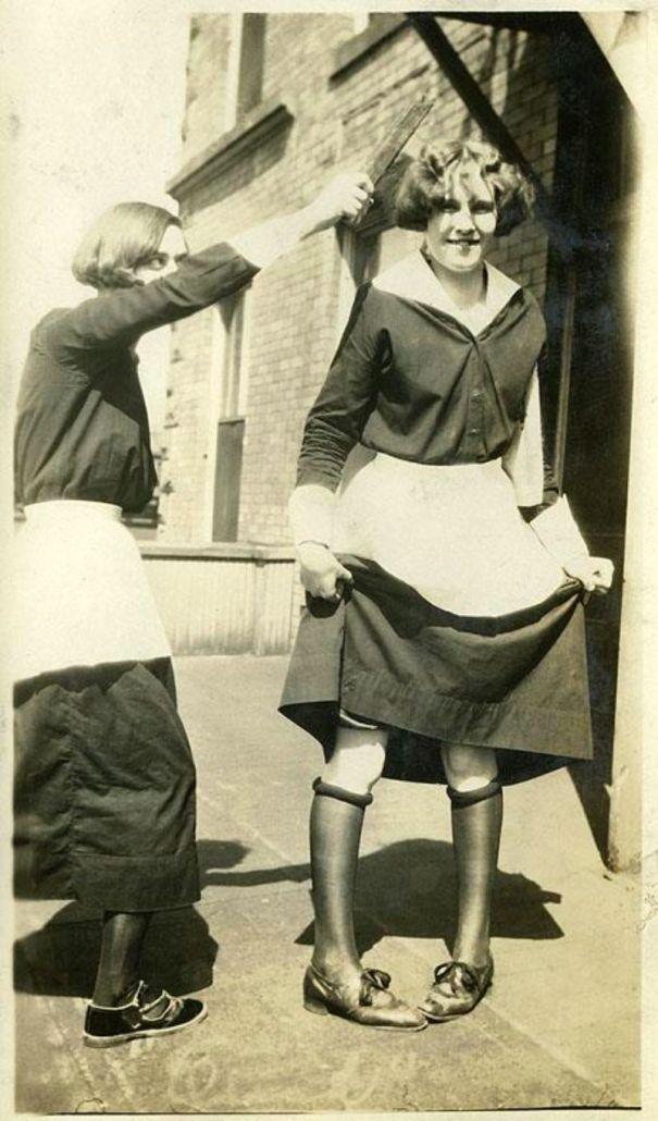 caaf2d617cc128 A brief history of skirt raising… – History