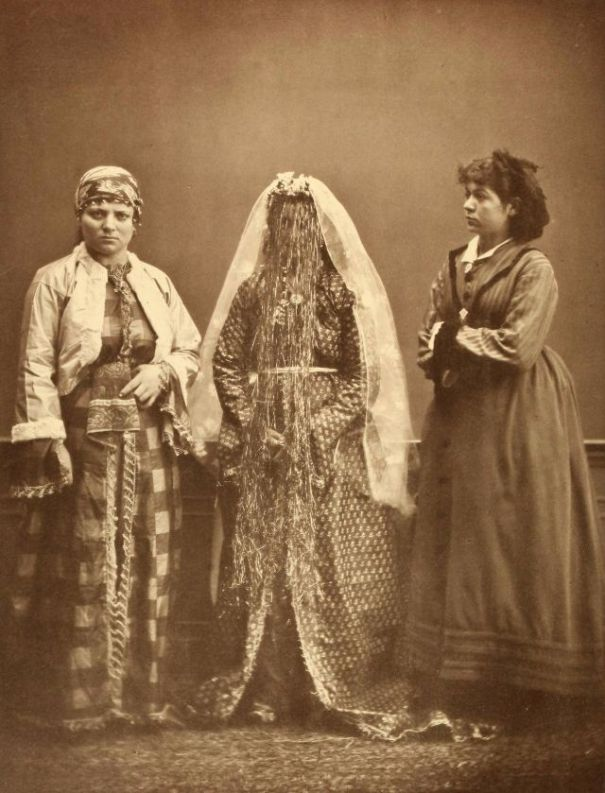 Folk costumes in the 19th century: 74 rare and amazing vintage photos show  Ottoman clothing in 1873.