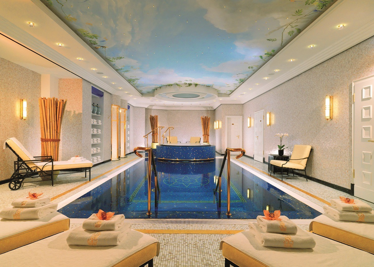 24 Hotels With Spectacular Indoor Pools