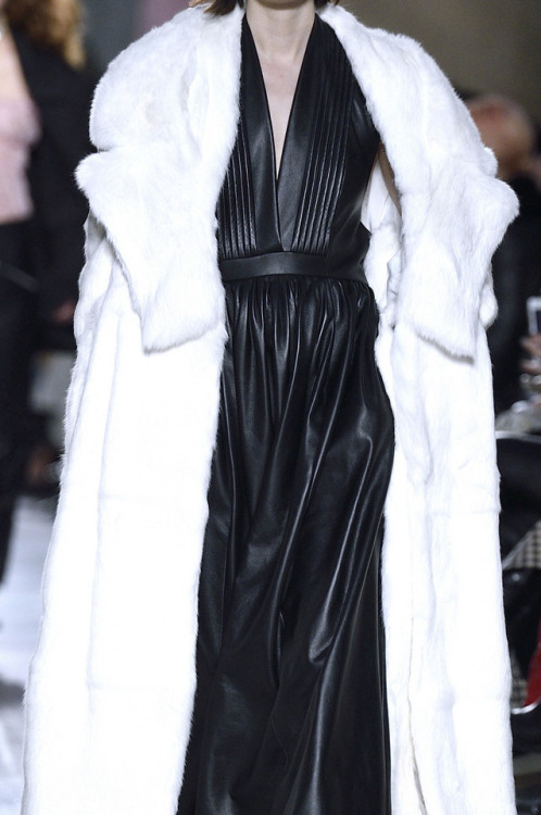 "oncethingslookup: ""Preen by Thornton Bregazzi Fall 2016 RTW """