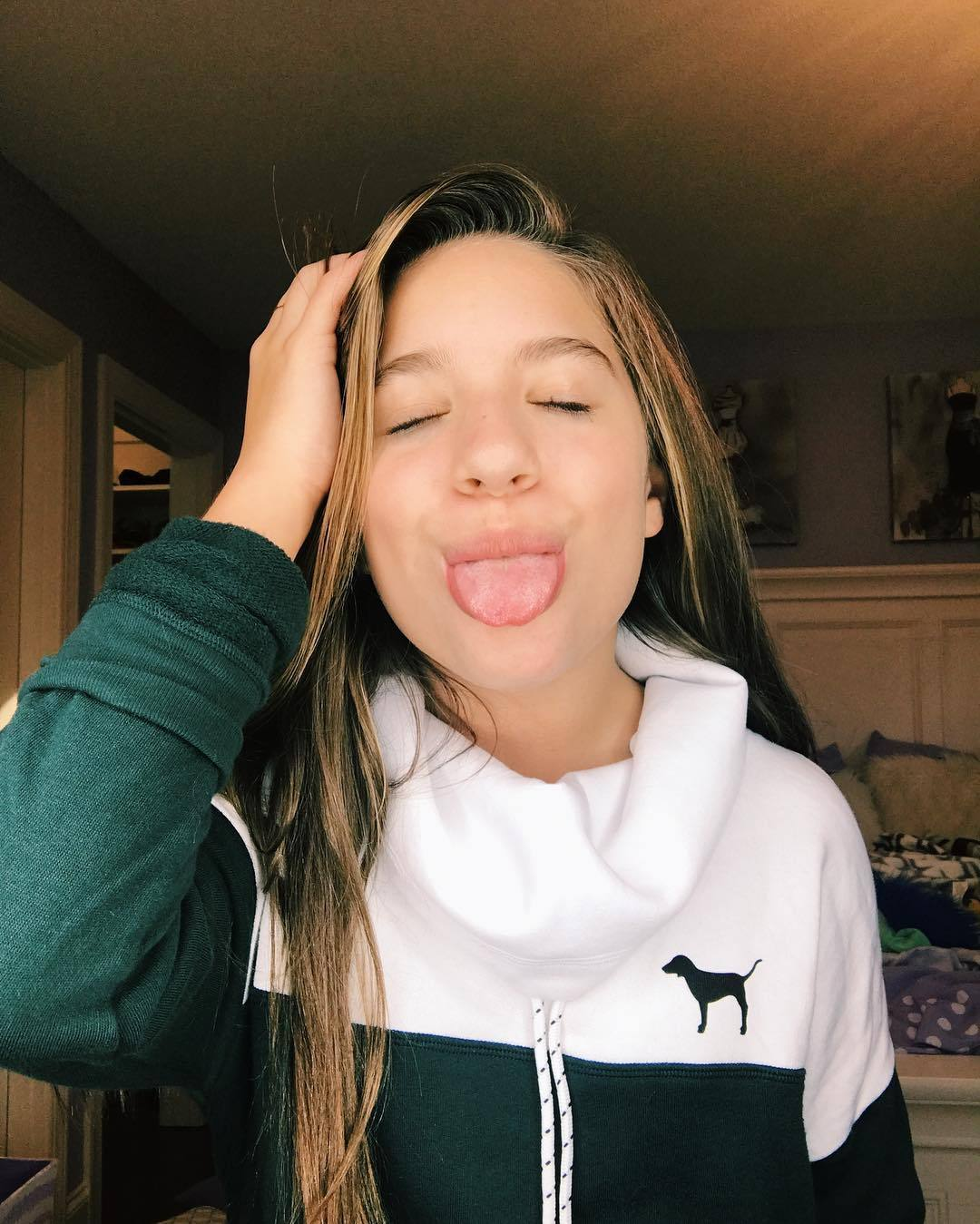 Seniors looking for friends