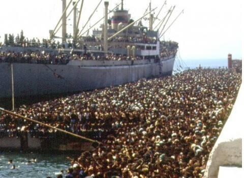 Ho fatto il carabiniere secoli fa … Ero sul molo di Bari nell'agosto del 1991 quando, a bordo di una carretta del mare, migliaia di albanesi sbarcarono esausti tra la meraviglia dei baresi … Tanti occhi spaventati eppure fiduciosi … Li radunammo in...