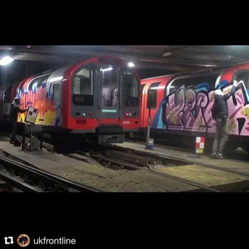 chrome-and-black:#Repost @ukfrontline with @repostapp・・・Issue 3 coming out soon - Issue 3 out on 25th November #ukgraff #london #graffiti #trains #art #acab #ukgraffiti #londongraffiti #ukfrontline #allcity #chromeandblacklondon #chromeandblack www.frontline-magazine.co.uk