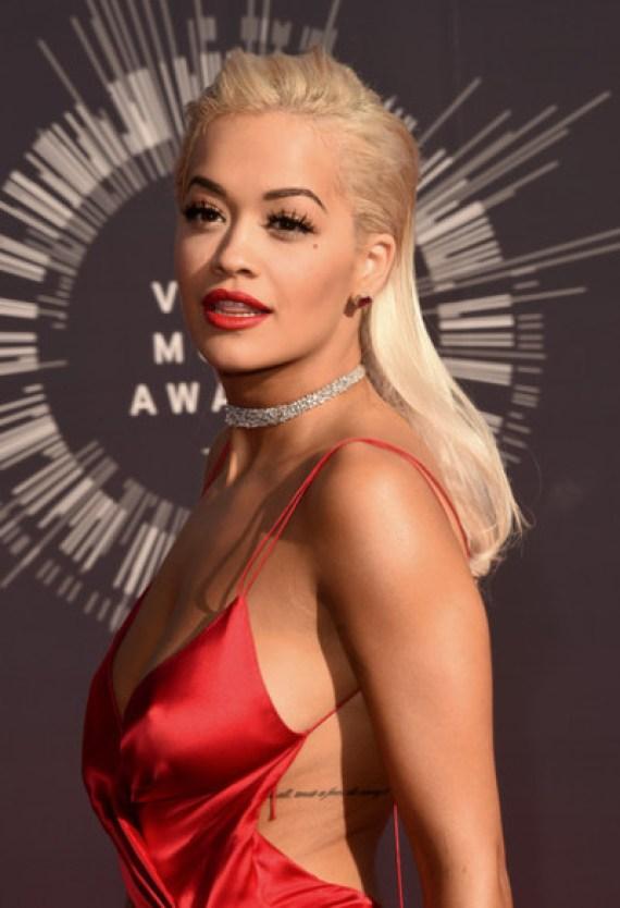 Rita ora Red lipstic