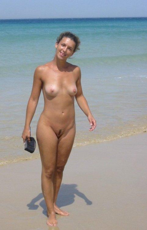 topless beach girls tumblr