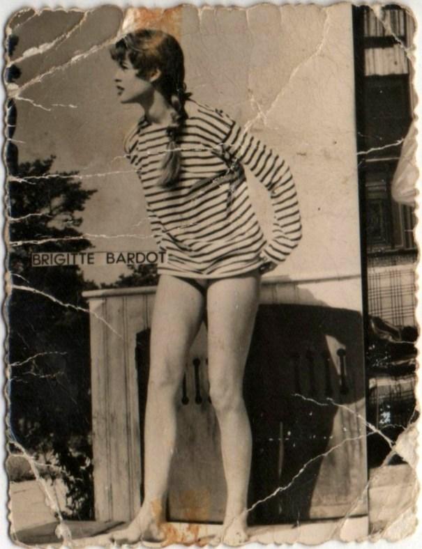 2909fa71828b16 A rare portrait picture of young Brigitte Bardot, circa… – History