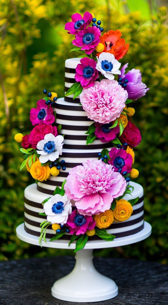 Colorful Sugar Flower Cake I Black and White Stripe Wedding Cake I Black and White Stripe Cake I Mischief Maker Cakes #blackandwhitestripecake  #mischiefmakercakes #themischiefmaker #bemischievious