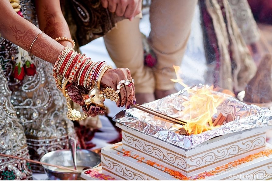 significance of saat phere