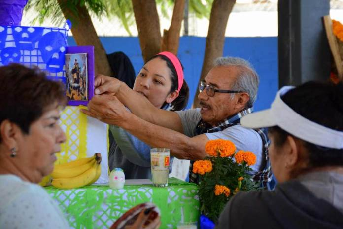 Teatro, danza y ofrendas en el Tercer Festival Entre Huesos y Tradiciones en Corregidora ¡NO FALTES!