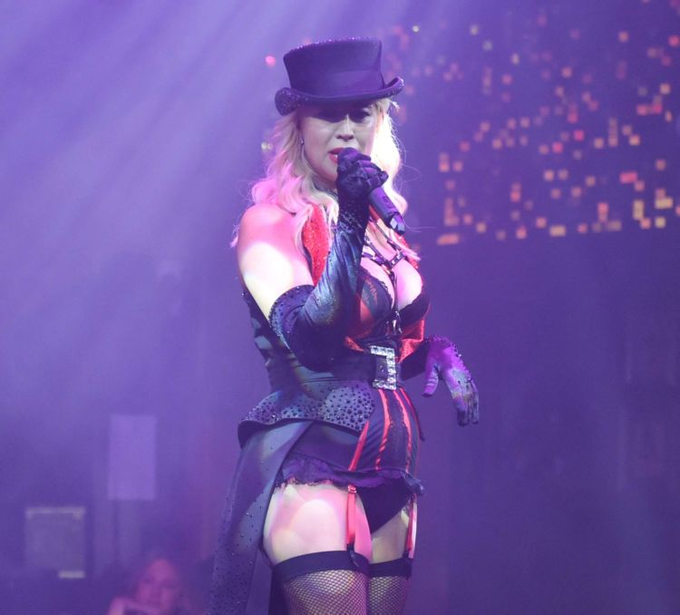 Gorgeous Denise Van Outen Performing At Proud Embankment In London