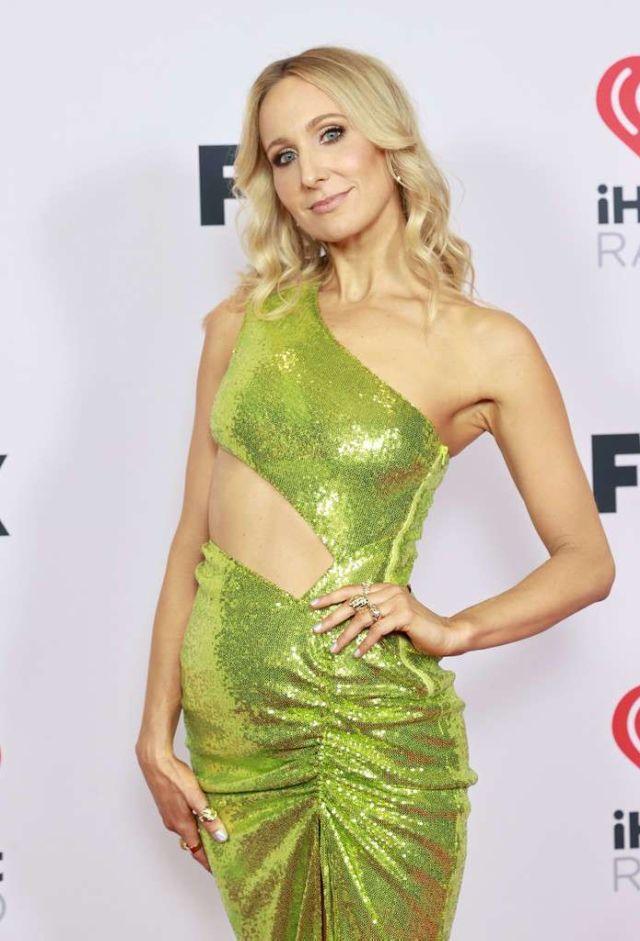 Nikki Glaser Attends iHeartRadio Music Awards 2021