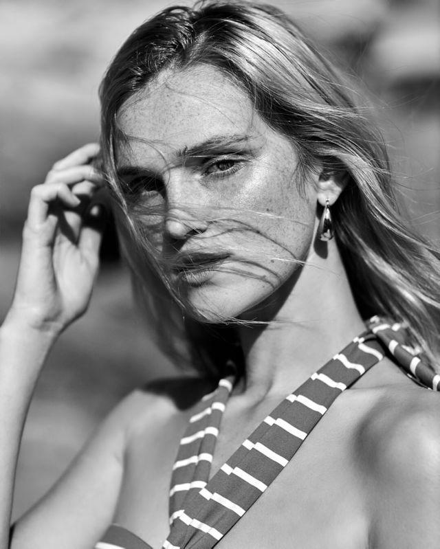 Alexa Reynen Shoots For Girlfriend Material Magazine