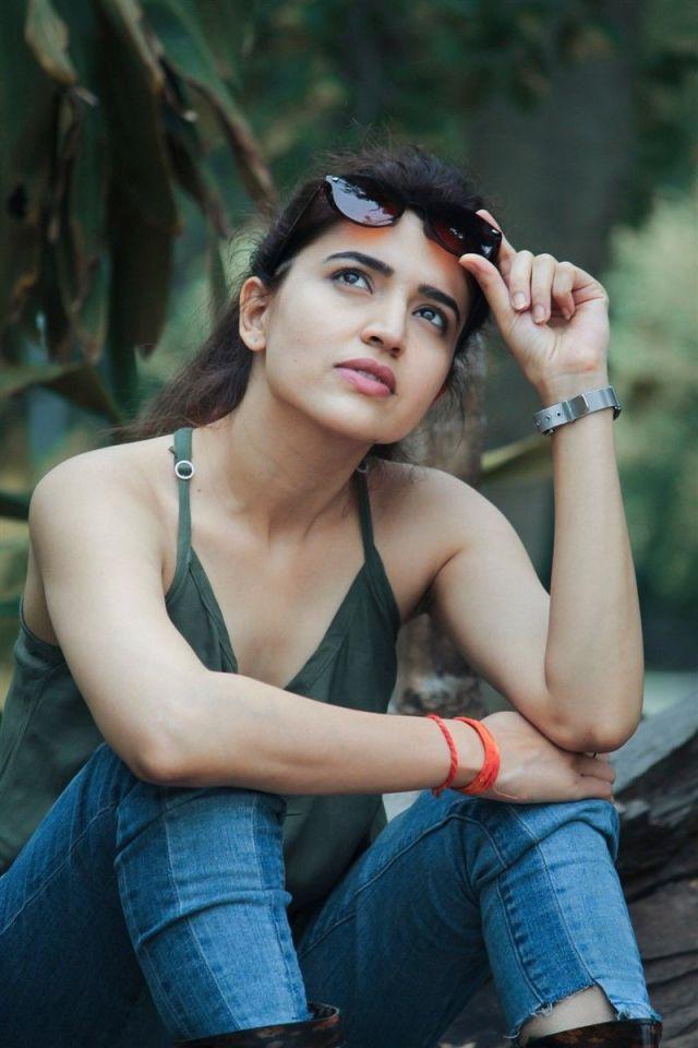 Telugu Actress Chitra Shukla's 30 Most Beautiful Photos
