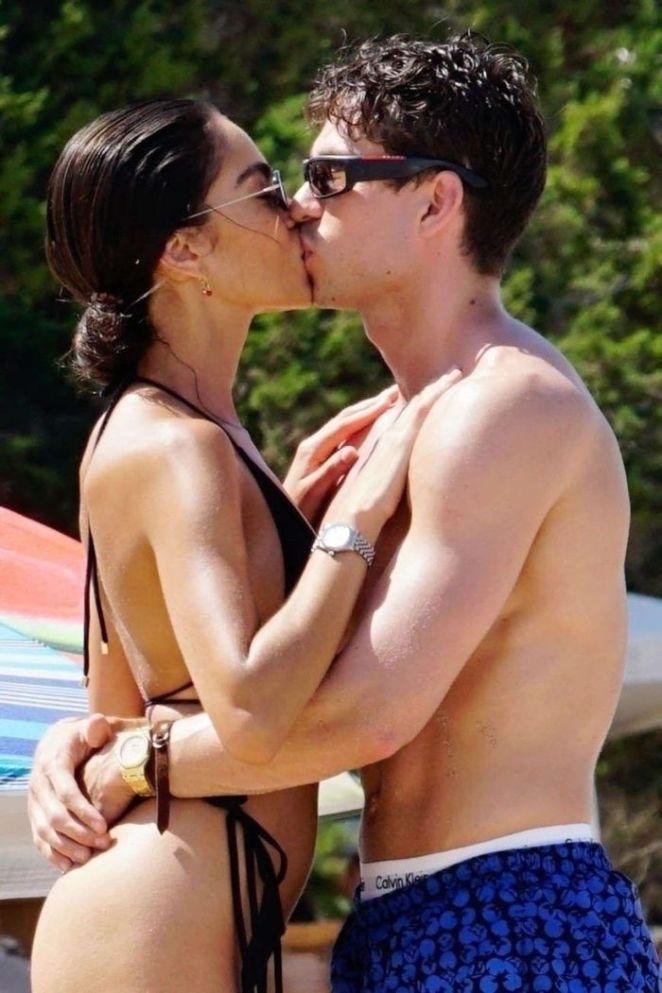 Brenda Santos Spotted In Bikini With Joey Essex Enjoying The Spanish Sunshine In Ibiza