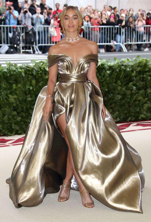 Jasmine Sanders Shines At The MET Gala 2018