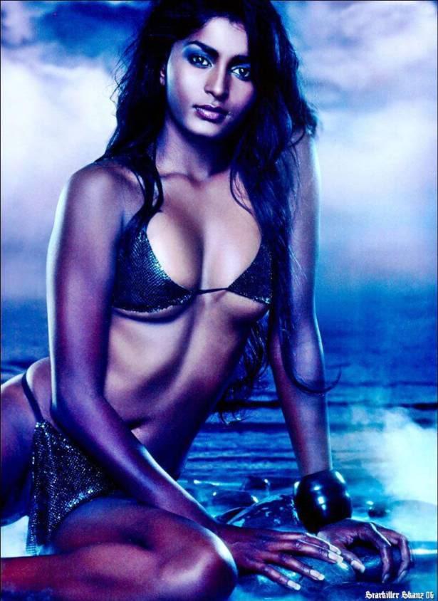 Bollywood Babe Selvi Awad Photoshoot