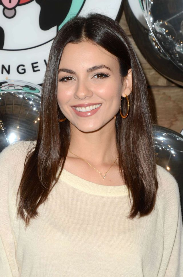 Pretty Victoria Justice At Love Leo Rescue's 2nd Annual Cocktails For A Cause Event