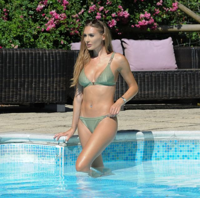 Georgie Clarke In A Bikini Under The Sunshine At The Swimming Pool