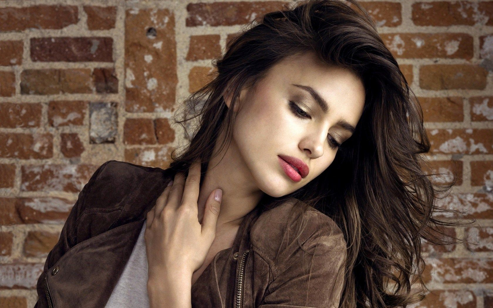 beautiful irina shayk wallpapers | glamistan