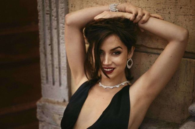 Gorgeous Ana De Armas In Chopard For No Time To Die 2020