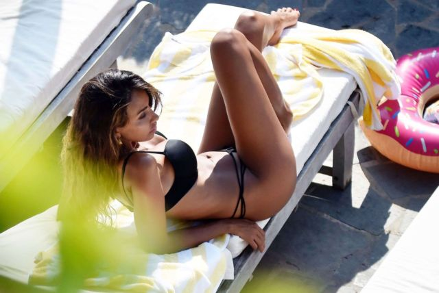 Madalina Diana Ghenea Relaxing In A Black Bikini In Sestri Levante
