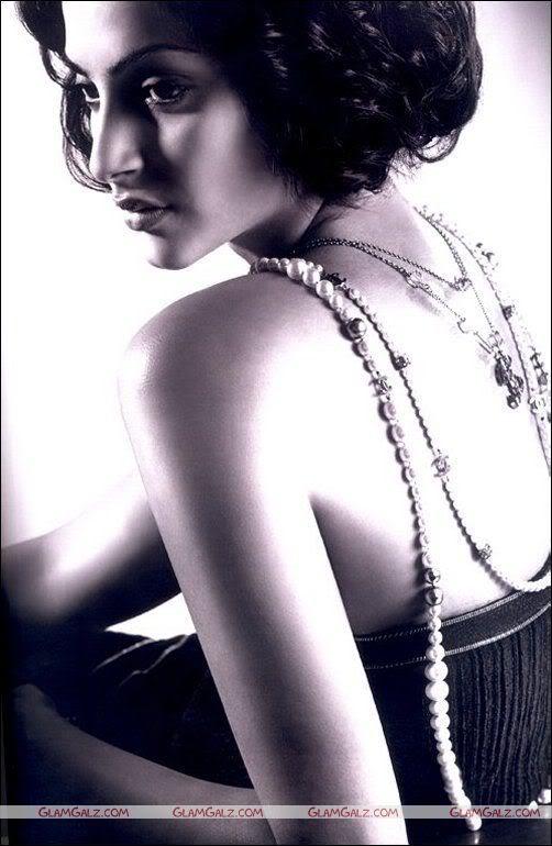Amisha Patel Blonde Pictures L'Officiel Magazine