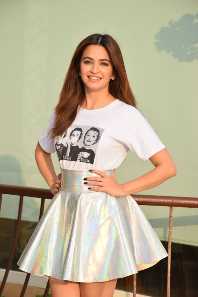 Kriti Kharbanda Looks Beautiful Sporting A New Look