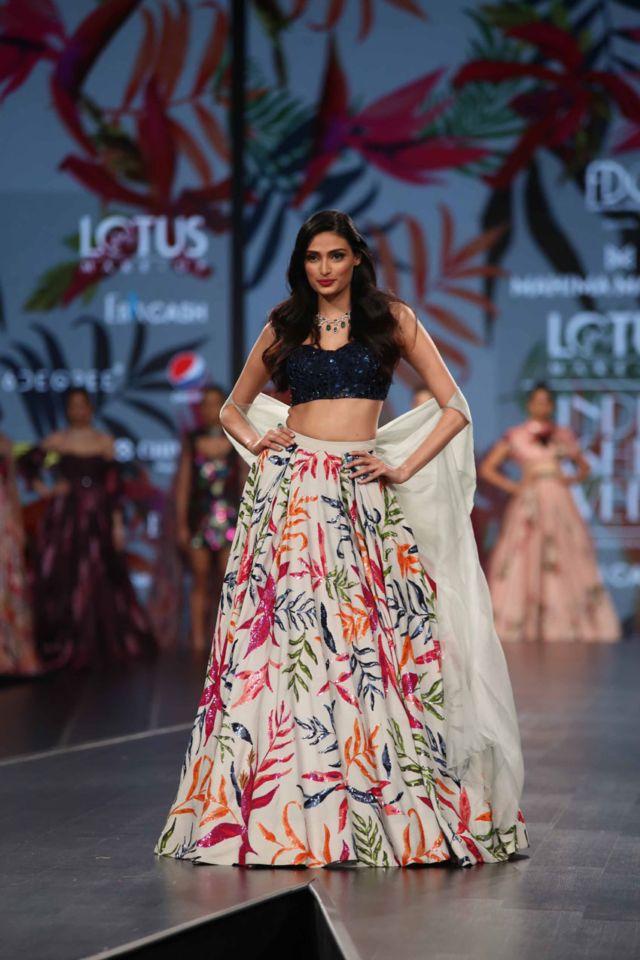 Athiya Shetty Walks At The Lotus Fashion Week 2019
