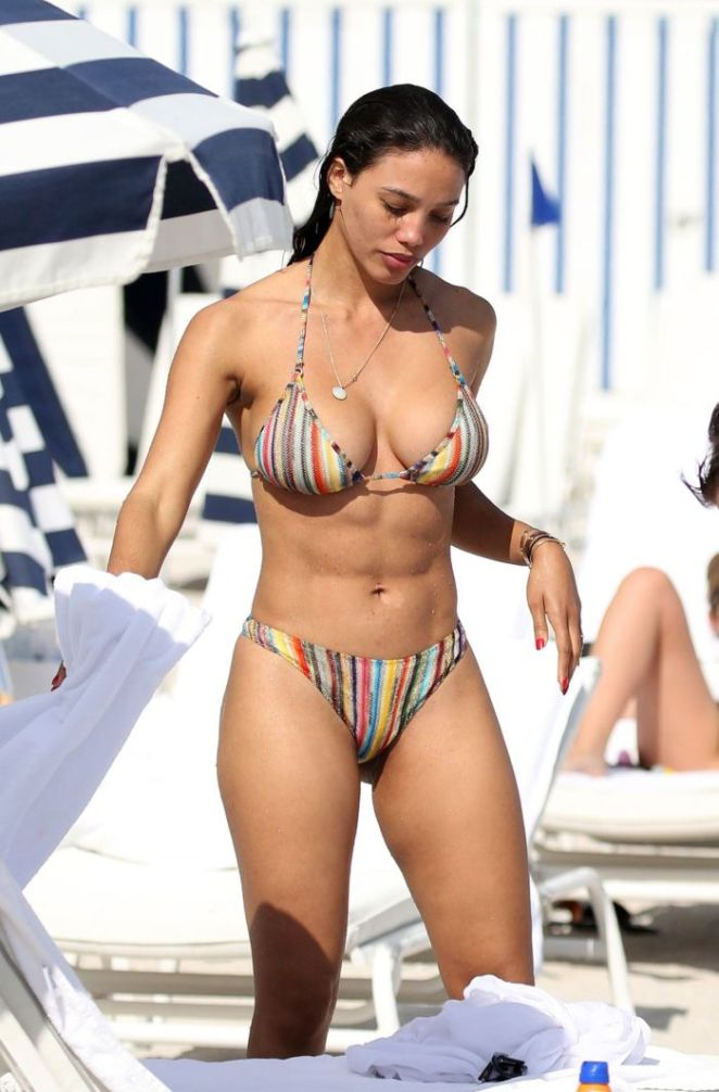 Jessica Ledon On A Bikini Vacation At The Beach In Miami