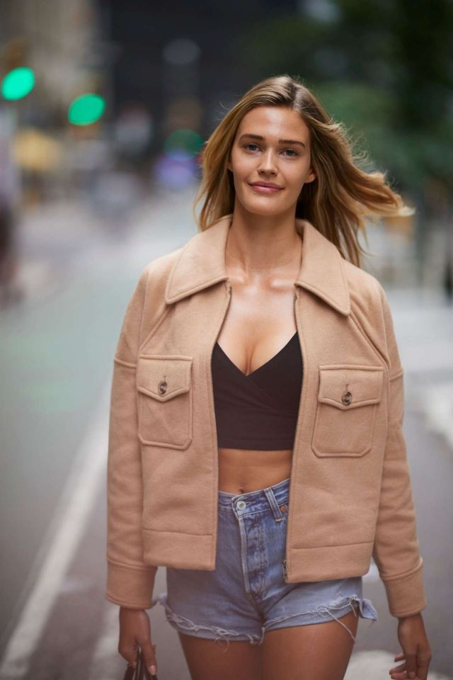 Stunning Noel Berry Spotted Outside Victoria's Secret Headquarters