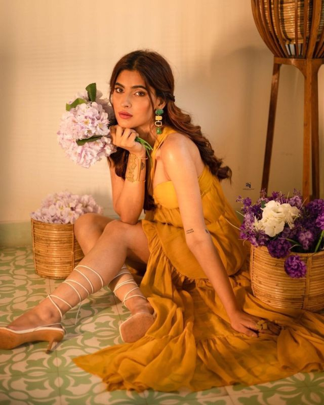 100 Pictures That Will Make You Fall In Love With Karishma Sharma