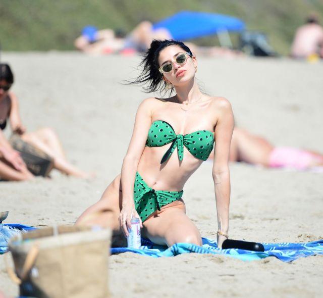 Nicole Williams Looks Amazing In A Dotted Bikini At The Beach In Malibu