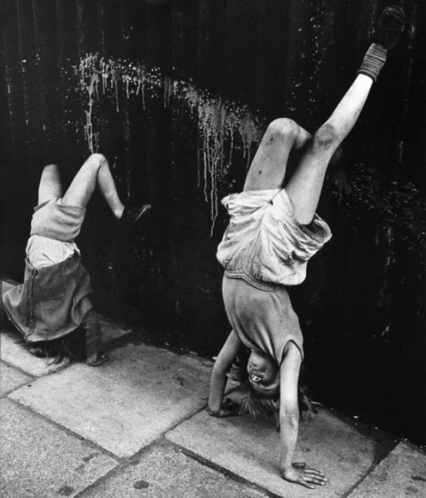45 Vintage Pictures Of Kids Playing