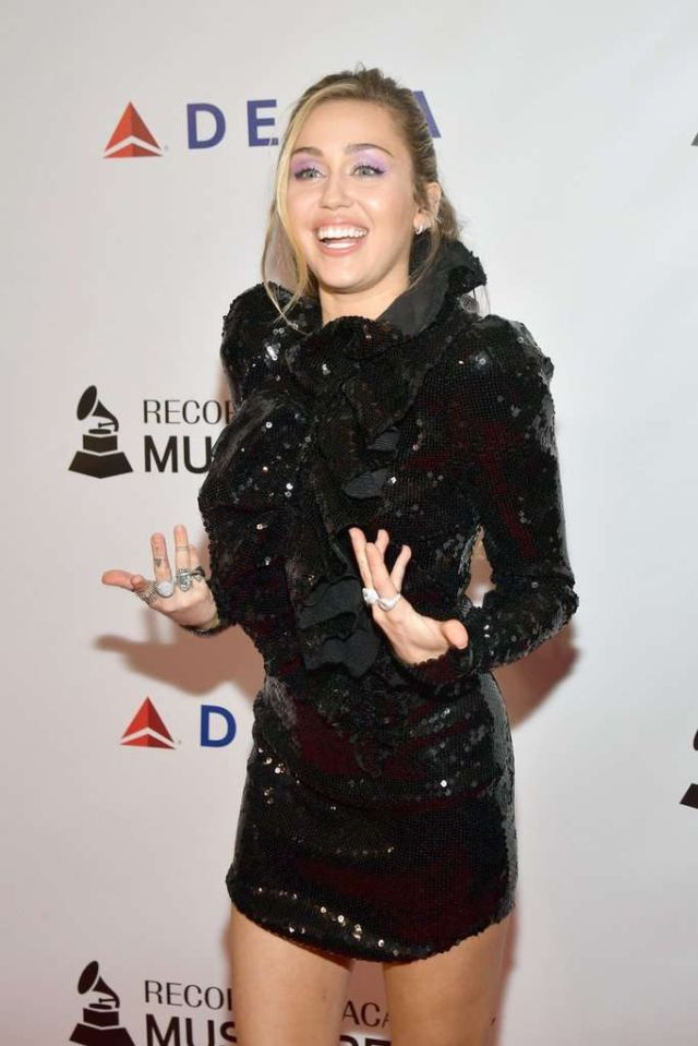 Miley Cyrus Shines In Black At MusiCares Person Of The Year 2019