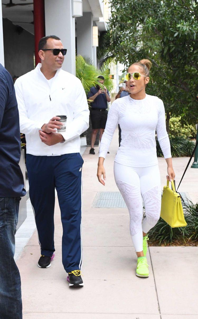 Jennifer Lopez At A Gym Promotion In Miami