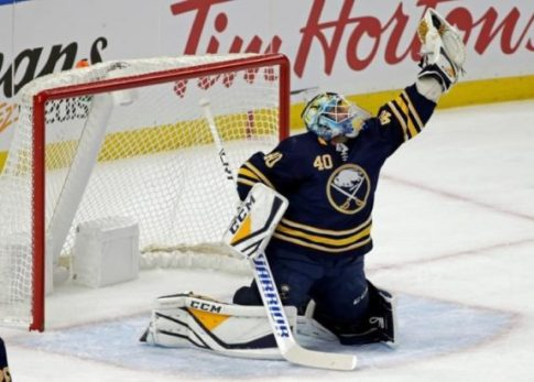 1542178121_Carter-Hutton-Sabres-CP-575x411