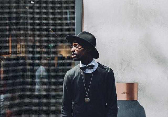 Casual mannen garderobe basics: essentiële kledingstukken