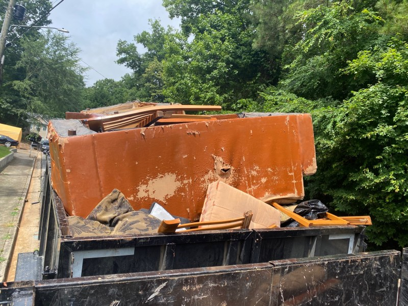 junk furniture removal, old couch removal, furniture removal near me